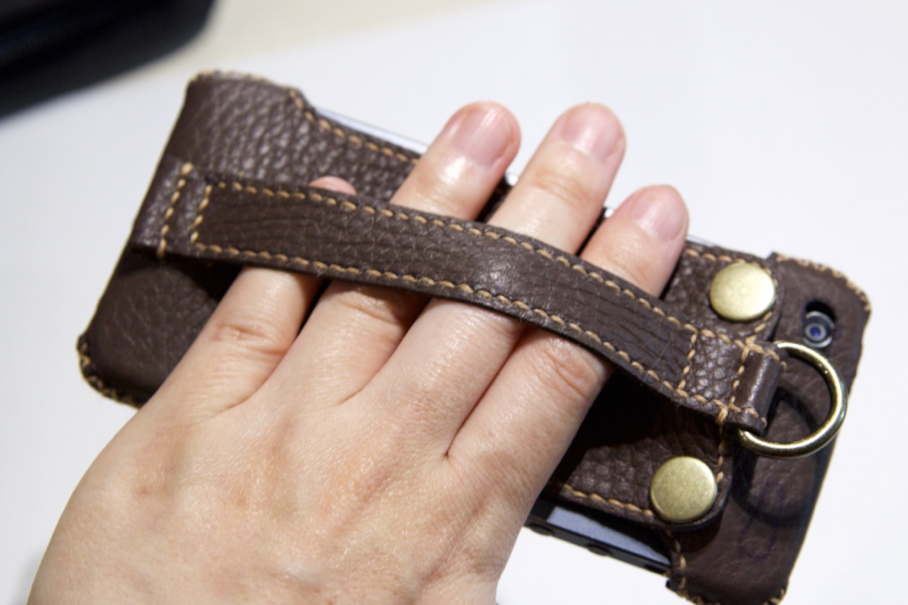 leather_hand